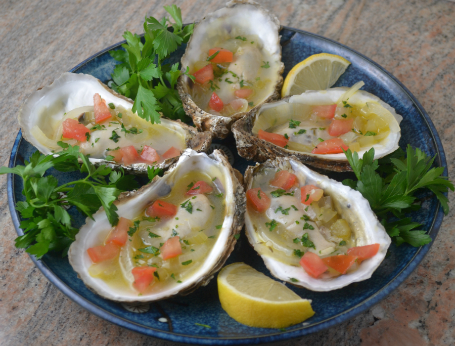 Oysters in White Wine Sauce