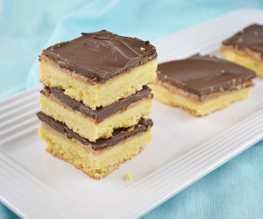 Chocolate Peanut Butter Shortbread Bars | ImPECKableeats.com